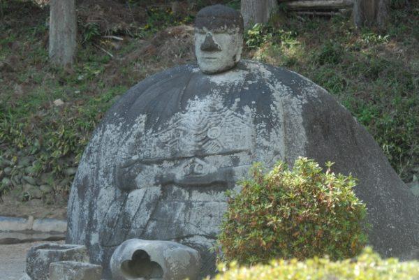 諏訪の万治の石仏