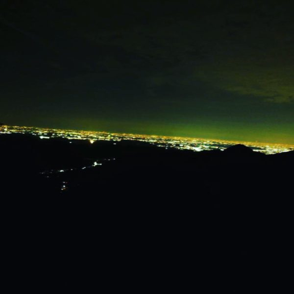 山の上からの夜景